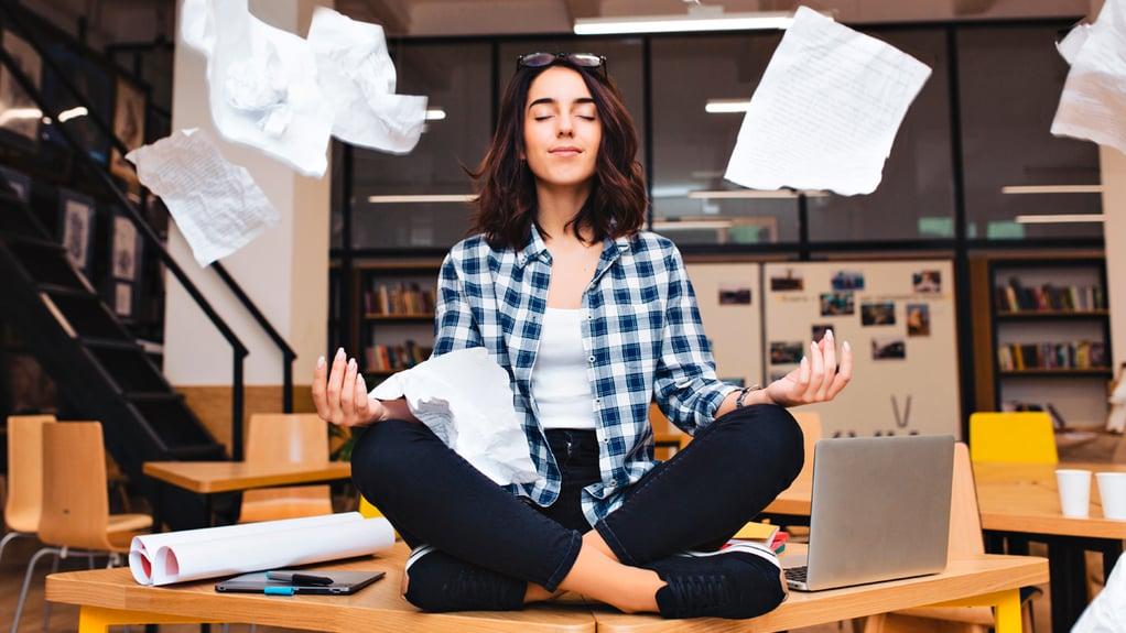 Salud mental y trabajo remoto: 5 hábitos que debes poner en práctica